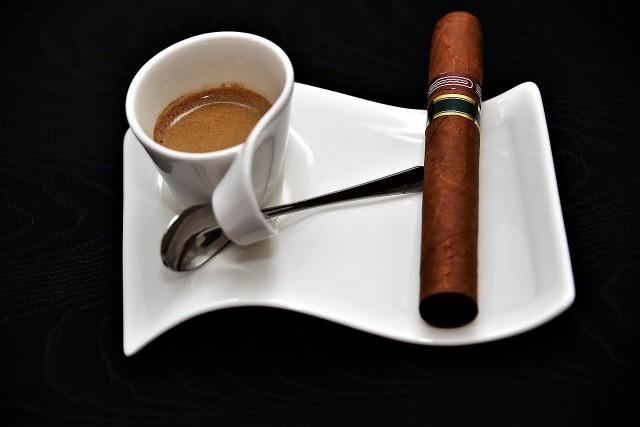 Омск табачные изделия одноразовая электронная сигарета hqd купить рязань